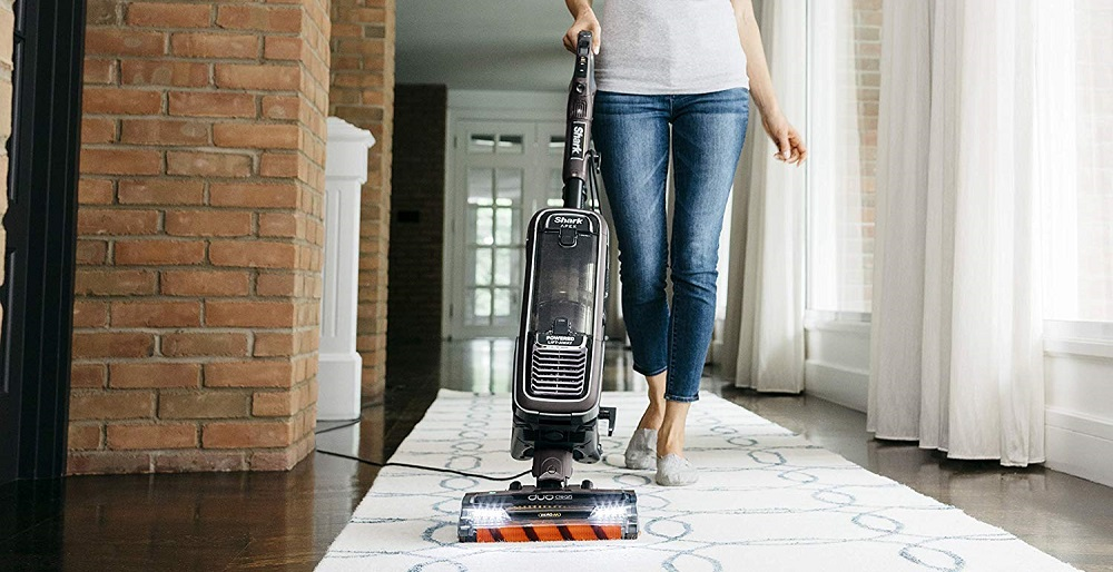 Best Vacuum For Long Hair - Is It A Good Way To Keep Your Floor Clean?